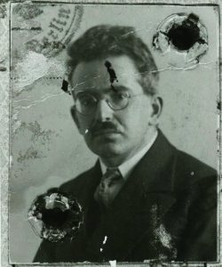Walter Benjamin passport photo